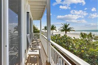 Unit 5 - Second Floor Beach Front 2 Bedroom
