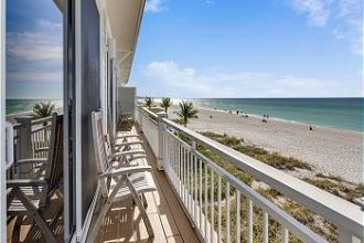 Unit 7 - Third Floor Beach Front 3 Bedroom