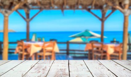 waterfront dining on anna maria island